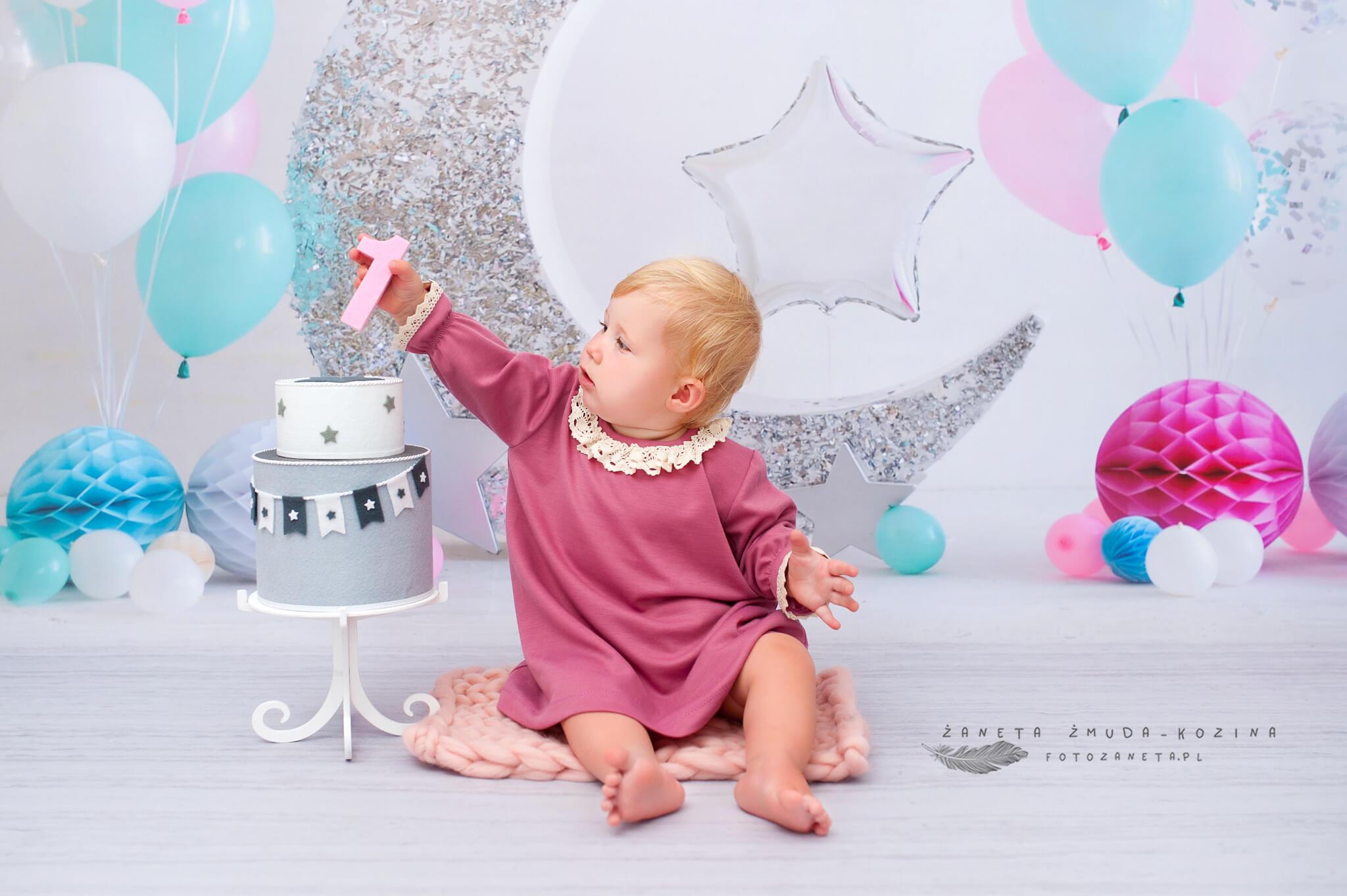 FotoZaneta sesje urodzinowe Pomiechówek
